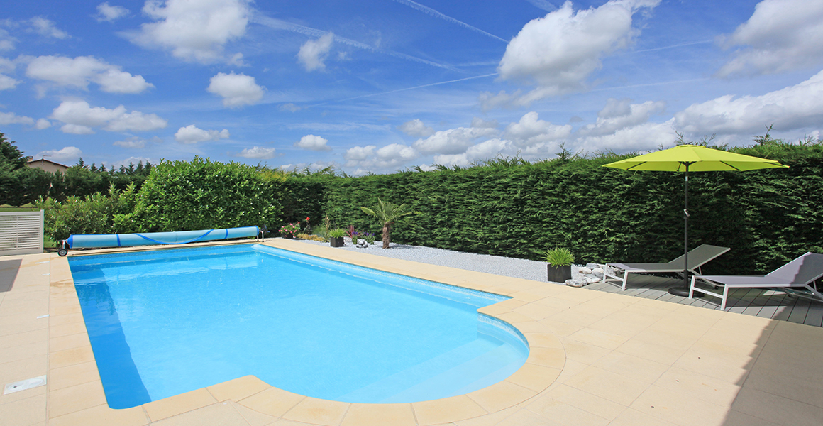 The 10x5m pool at Les Couroux