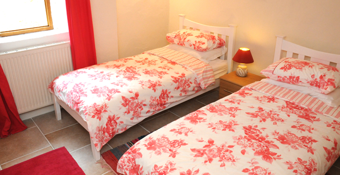Cottage bedroom 2